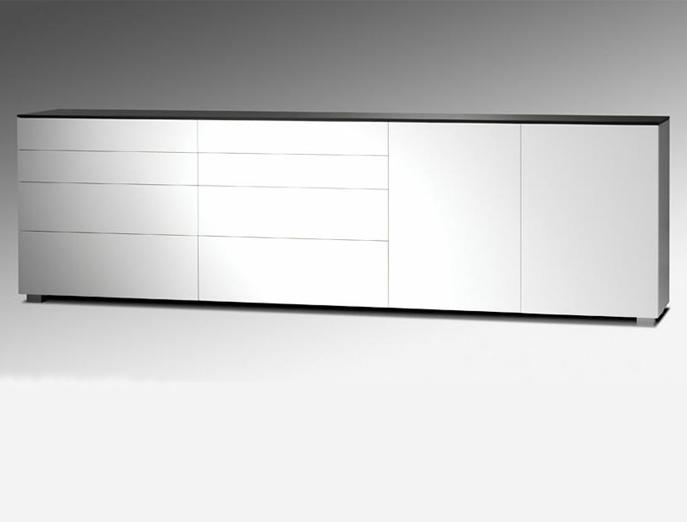 Karat dressoir E-302