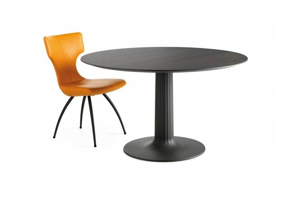 Leolux Columna tafel