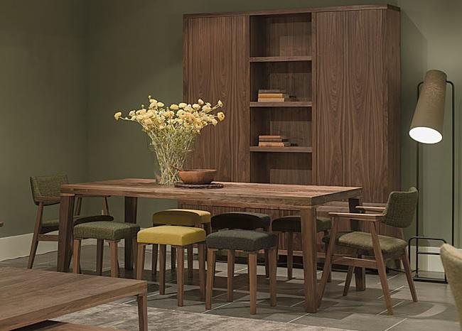 Hofstede Raanhuis noten meubelen