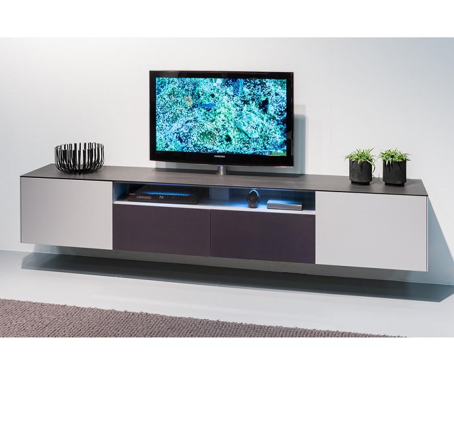 Karat-hangend-tv-dressoir-keramiek
