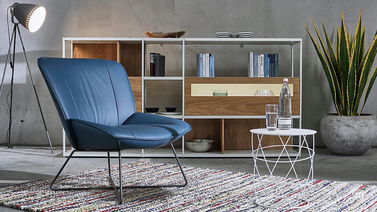 Rolf Benz 383 fauteuil en 942 bijzettafel