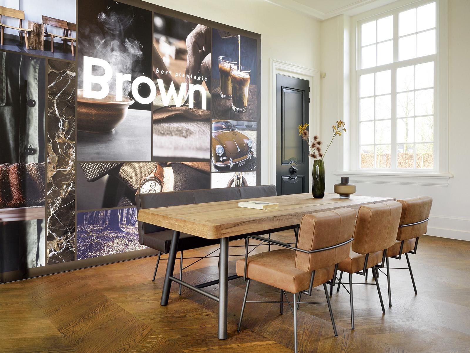 Eetkamer door Brown by Bert Plantagie, stoelen, tafel en bankje