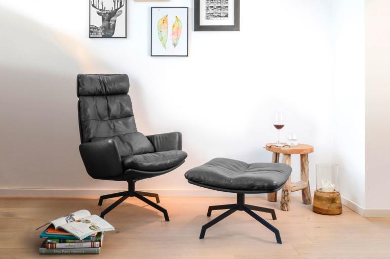 KFF Arva Lounge Chair in Black Leather