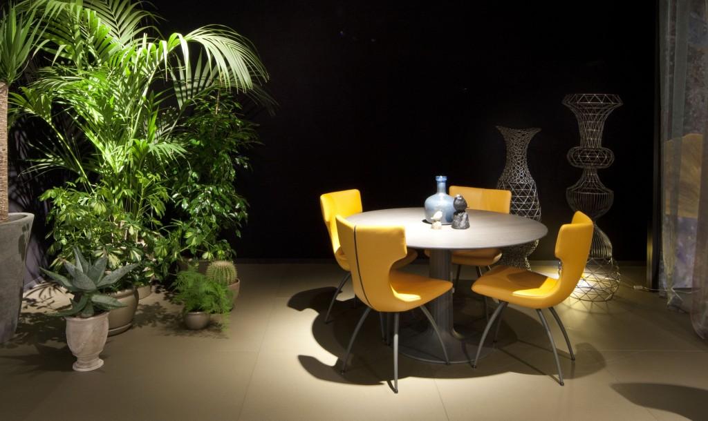 Leolux Callas dining chair yellow   Hoogebeen