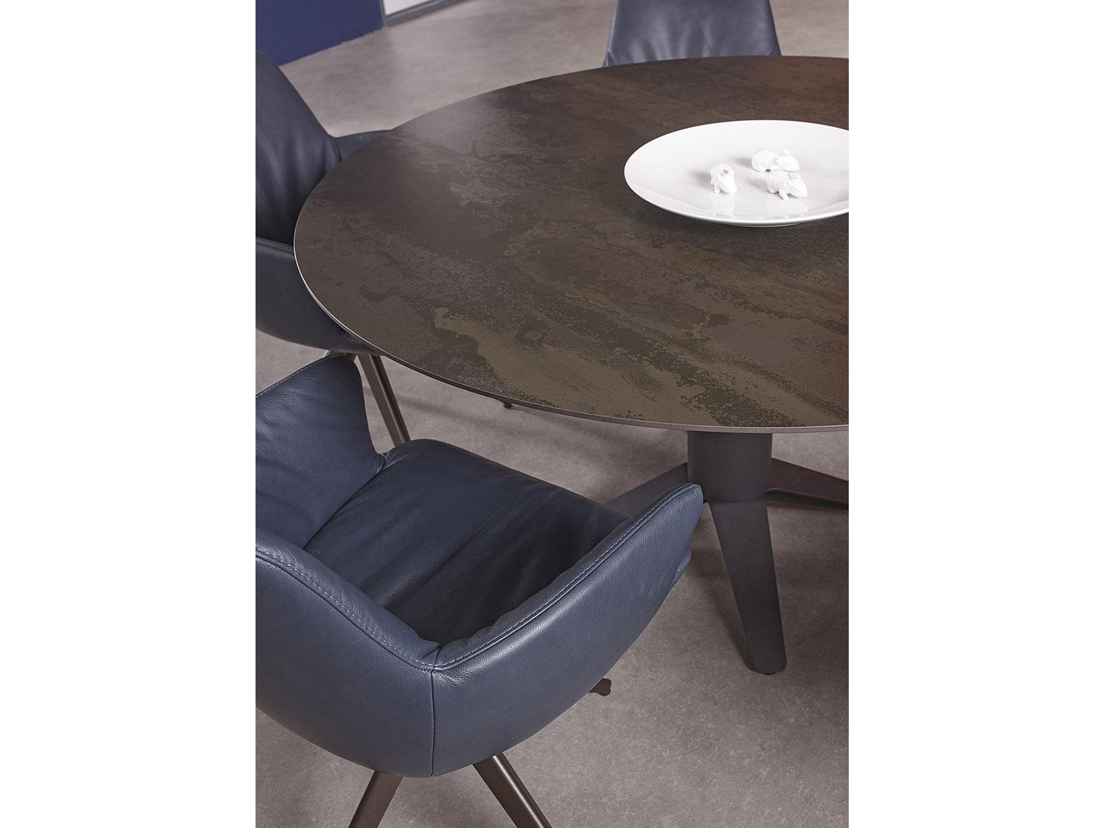 Bert Plantagie Carve dekton tafel